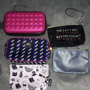 5 makeup bags